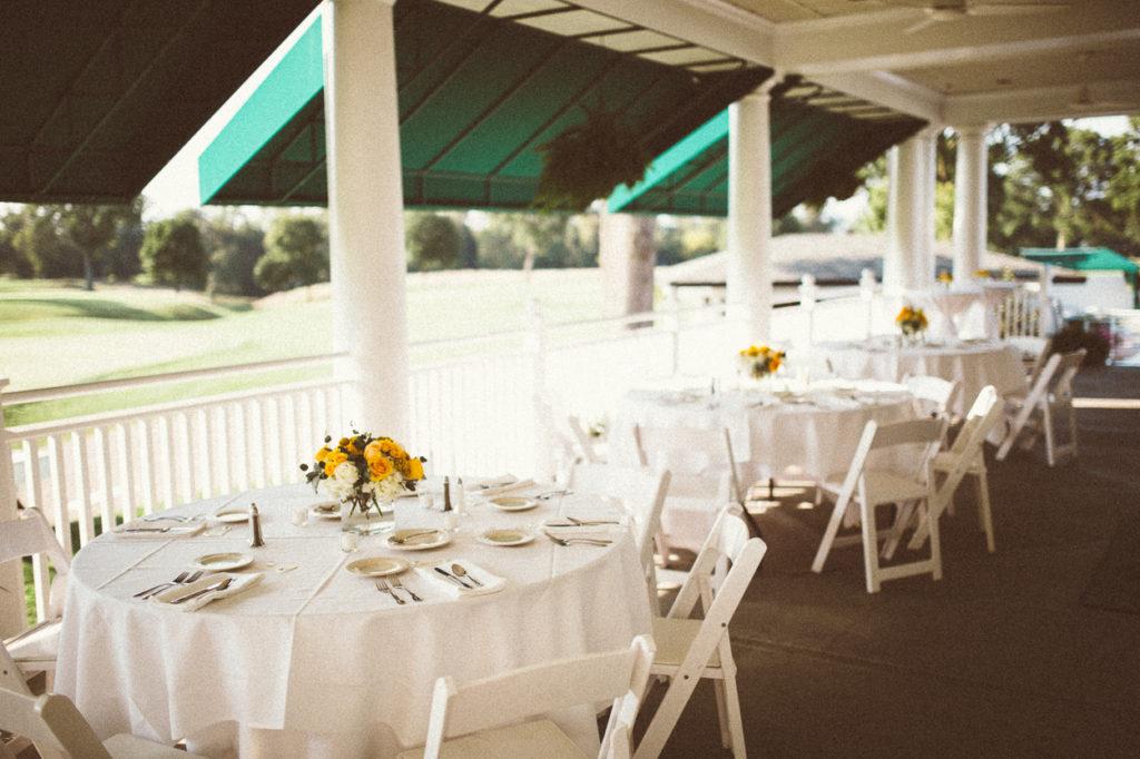 cincinnati country club outdoor wedding