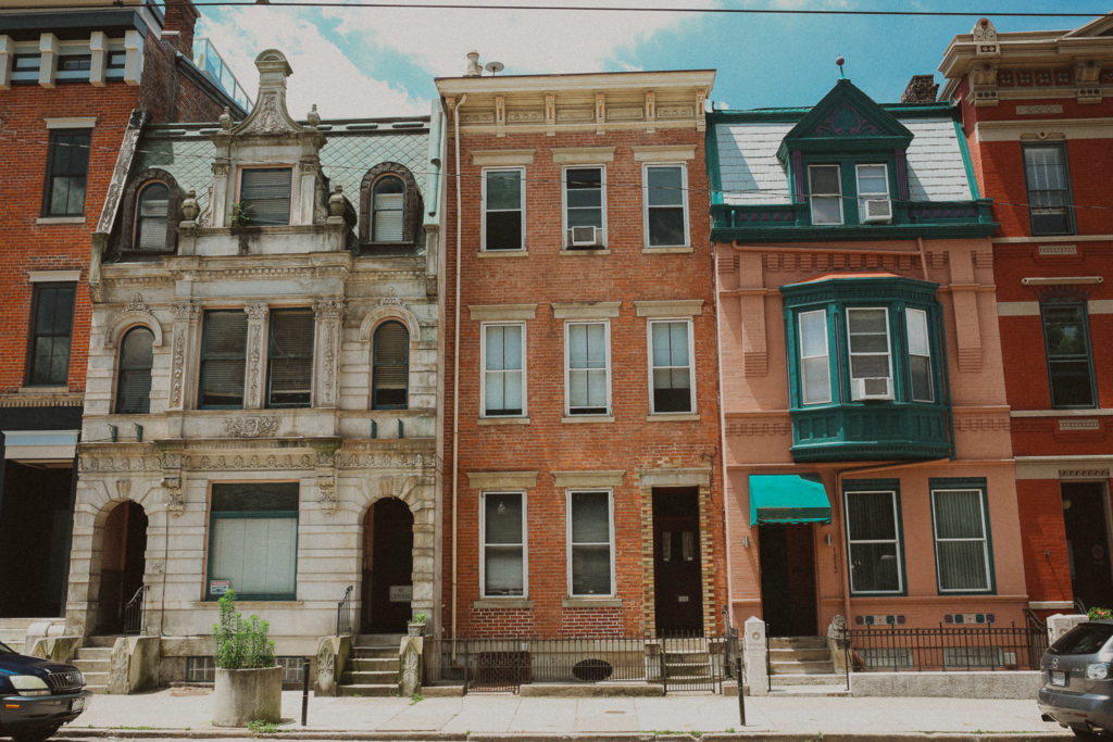 houses next to the transept in otr